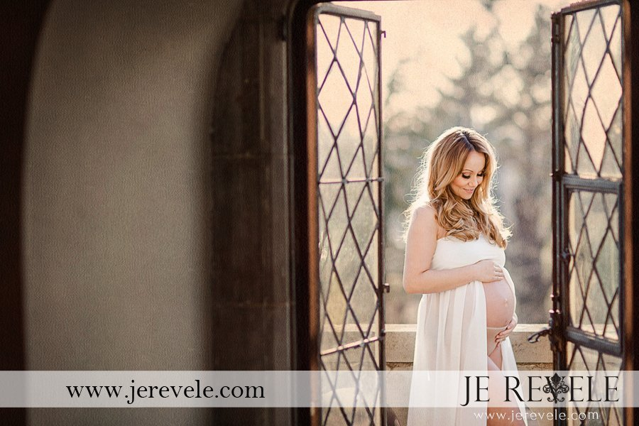 NEW JERSEY & NEW YORK MATERNITY PORTRAITS